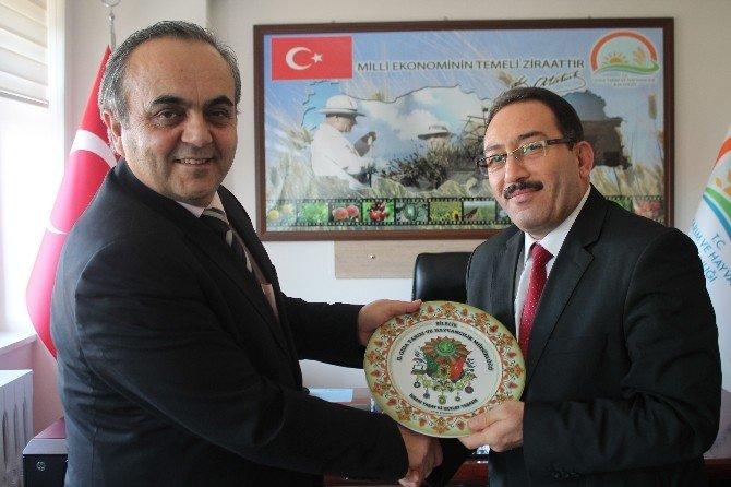 Rektör Özcan'dan İl Müdürü Yıldız'a Veda Ziyareti