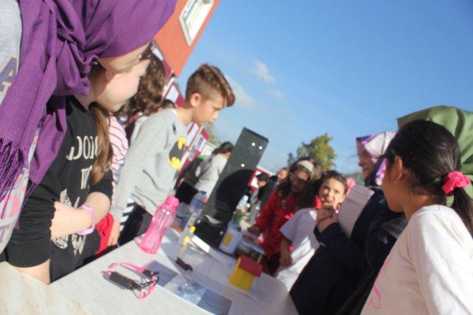 Fatihli öğrenciler proje yarışmasında hünerlerini sergiledi