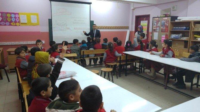 """Ahlat'ta """"Her Sınıfın Bir Yetim Kardeşi Var"""" Projesi"""