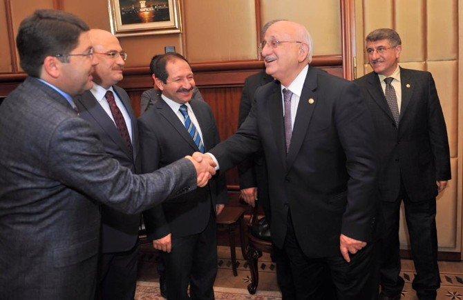 Milletvekili Tunç TBMM Başkanı İsmail Kahraman'ı Ziyaret Etti