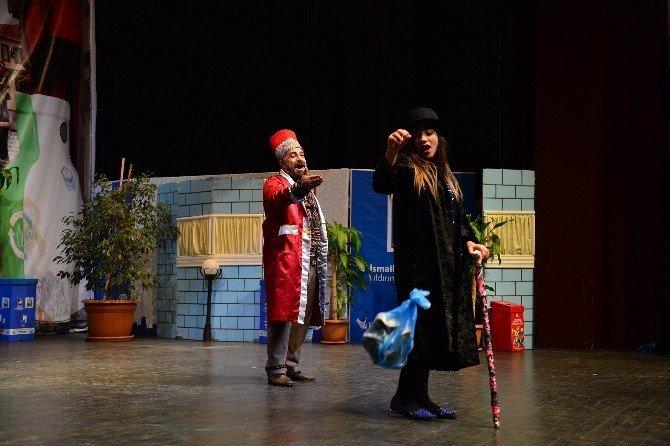 Çocuklara Tiyatro Sahnesinden Çevre Mesajı