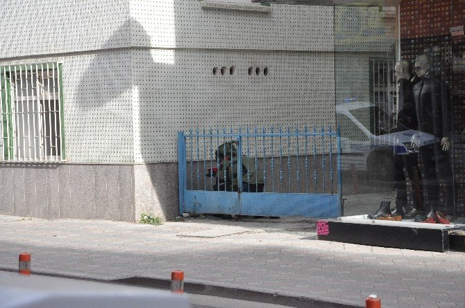 Gebze'de Şüpheli Çanta Paniğe Neden Oldu