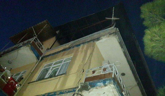 Dinar'da Çatı Katı Yangını Korkuttu