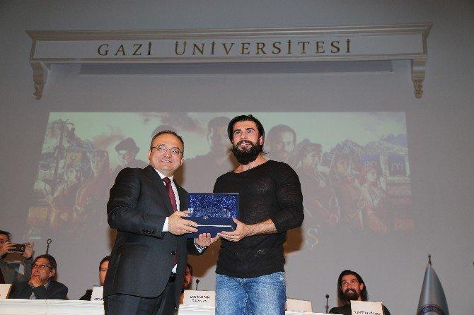 Gazi Üniversitesi Öğrencilerinden Diriliş 'Ertuğrul' Dizisine Ödül