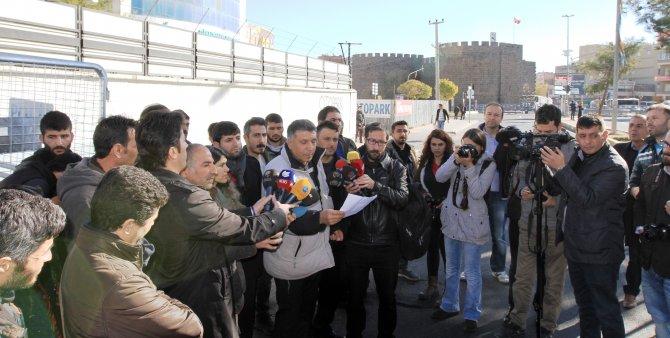 Gazeteciler, Sur barikatlarını aşamadı