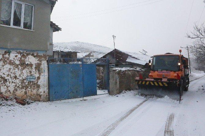 Büyükşehir Ekipleri Kar Teyakkuzunda