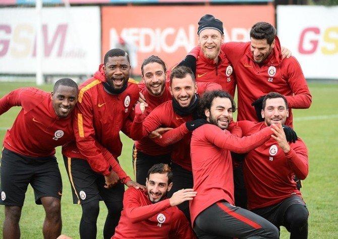 Galatasaray'da 4 Oyuncu Takıma Döndü