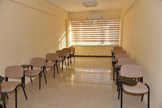 Turhal'a Gençlik Merkezi Müjdesi