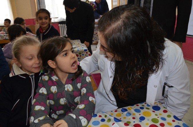 Hanönü' Öğrencilere Diş Bakımı Uygulaması