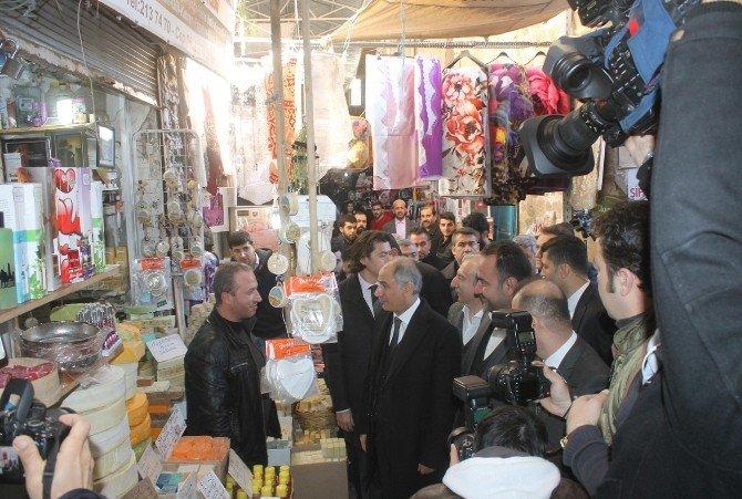 """İçişleri Bakanı Ala: """"Kimse Hendek Kazanların Arkasında Durmasın"""""""