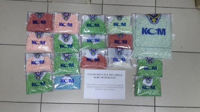 Narkotik operasyonlarında 'taş kokain' ele geçirildi