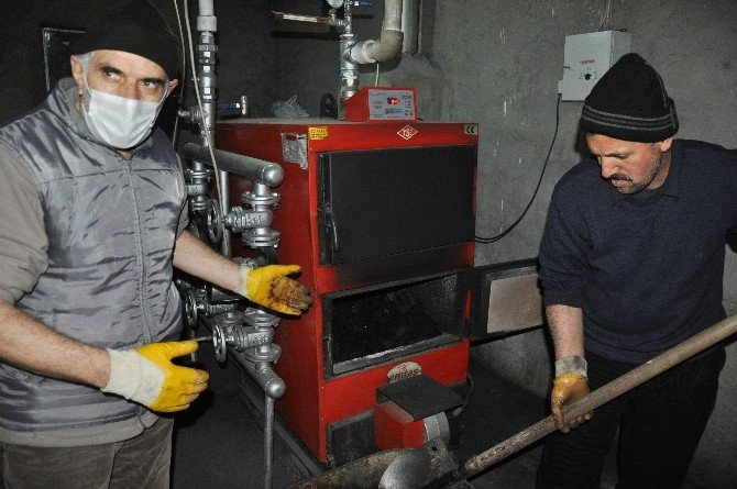 Hava Kirliliği Kaloriferin Yanlış Yakılmasından Kaynaklanıyor