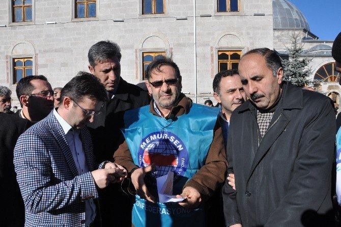 Kars'ta Memur Sen Terör Saldırılarını Kınadı