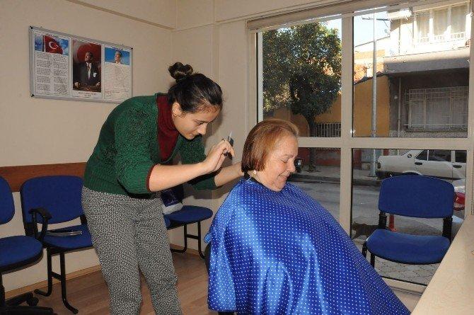 Nazilli'de Kadınlara Ücretsiz Kuaförlük Hizmeti