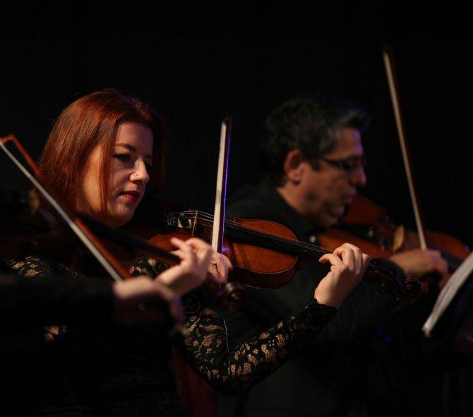 Yenimahalle'de Modern Folk Müzik rüzgarı