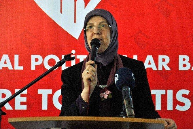 """Bakan Ramazanoğlu: """"2016'Da 30 Milyara Yakın Sosyal Yardım Yapacağız"""""""