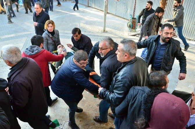 Barış Yürüyüşü Yapan HDP Grubuna Taşlı Tepki