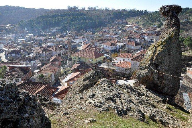 Devlet Köylüyü, Köylü Kayayı Koruyor