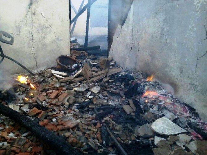 Soba Yakmak İsterken, Yangın Çıktı: 1 Ölü, 1 Yaralı