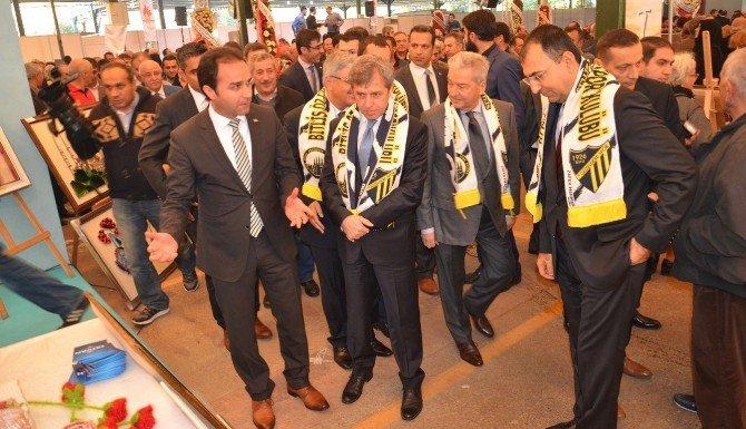 Tatvan, İzmir Fuarı'nda Tanıtılıyor
