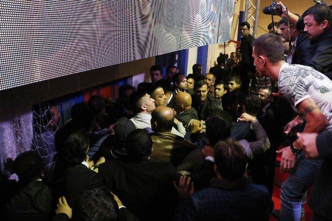 CHP Antalya'da Olaylı Kongre