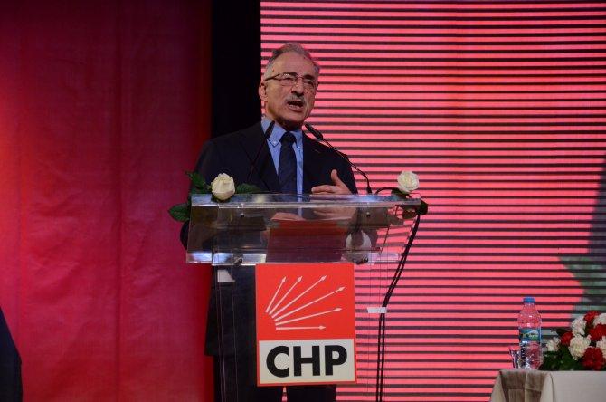 Karayalçın özeleştiri yaparak ayrıldı: CHP'nin sol yanı yetersiz kaldı