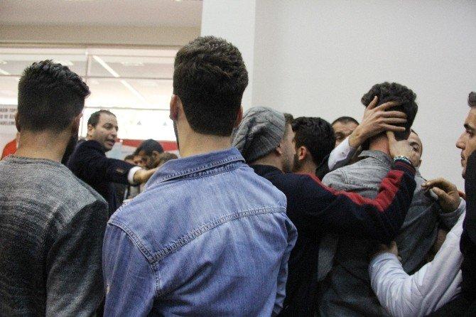 CHP Mersin İl Kongresinde Gerginlik