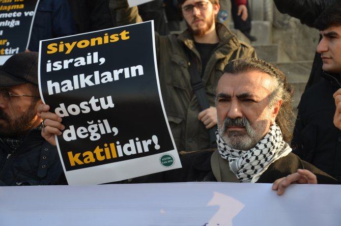 Türkiye-İsrail ilişkileri protesto edildi