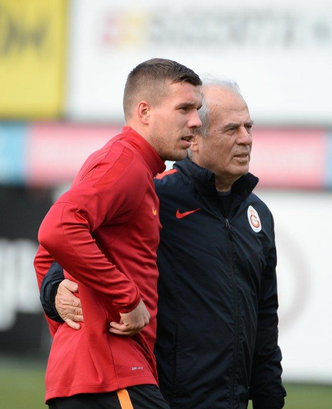 Galatasaray'da Wesley Sneijder maç kadrosundan çıkarıldı