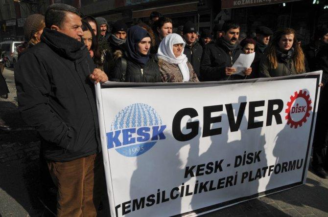 Yüksekova'da KESK- DİSK bileşenlerinden 'savaş son bulsun' çağrısı