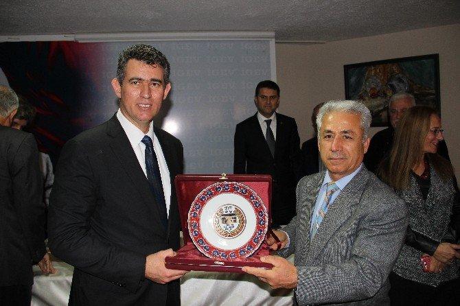 """Metin Feyzioğlu: """"Hatay Kontrolsüz Bir Göç Saldırısı Altında"""""""