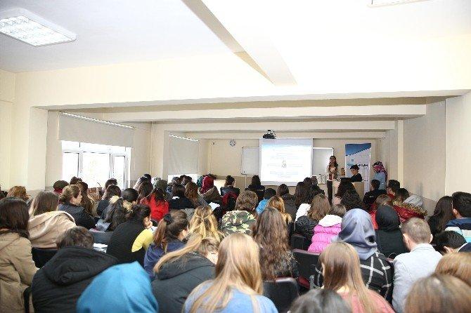 İŞKUR, Üniversite Öğrencileri İle Buluştu