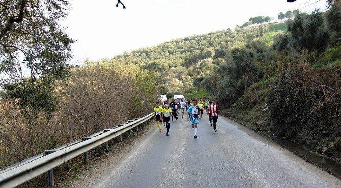 Koçarlı'da Atatürk Kır Koşusu'nun İkincisi Yapıldı
