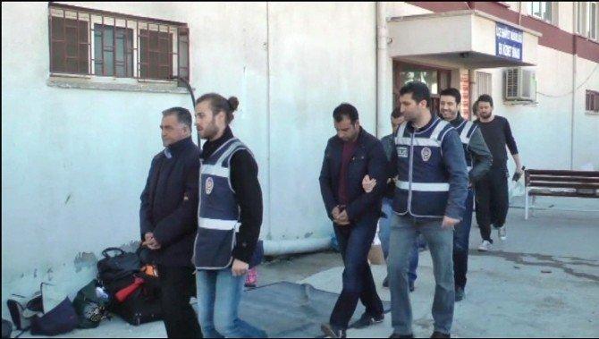 Ayvalık Polisi İnsan Tacirlerine Göz Açtırmıyor