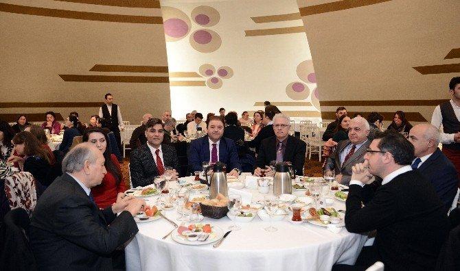 Başkan Ali Kılıç,protestan Cemaati İle Kahvaltıda Buluştu
