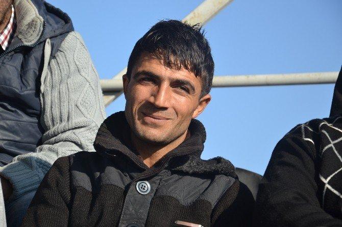 Rakibine Tekme Atan Futbolcu Maçı Tribünden Takip Etti