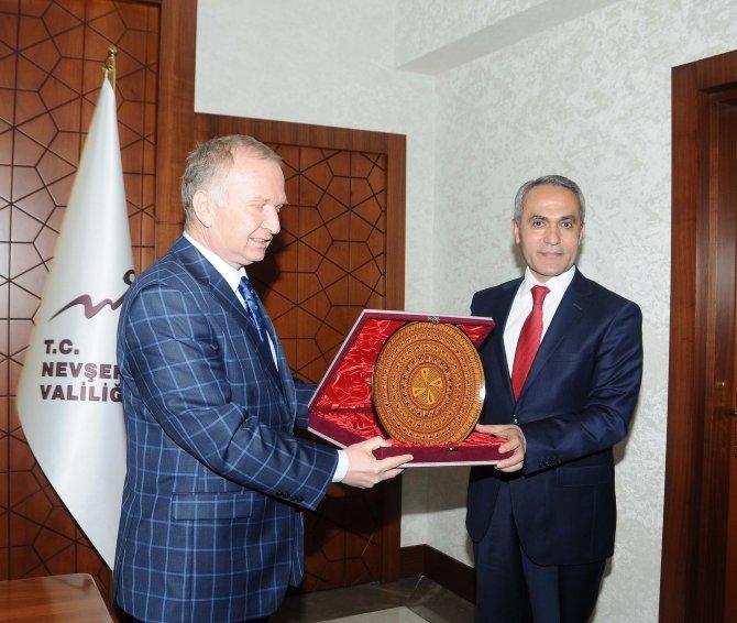 NEVBİAD heyeti Nevşehir Valisi Ceylan'ı ziyaret etti