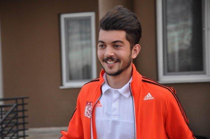 Medicana Sivasspor Kafilesi İstanbul'a Gitti