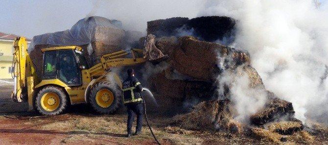 Aksaray'da Çiftlikte Saman Yangını