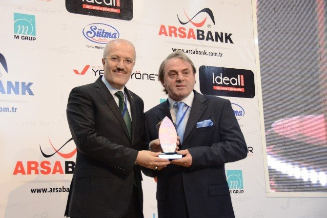 Başkan Kafaoğlu'na Sosyal Belediyecilik Ödülü
