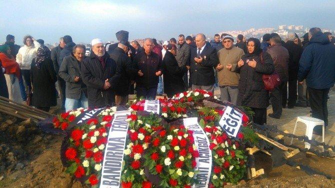 Bandırma Kıbrıs Gazisini Son Yolculuğuna Uğurladı