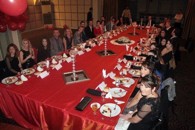 Esteticare 10'uncu Yılını Kutladı