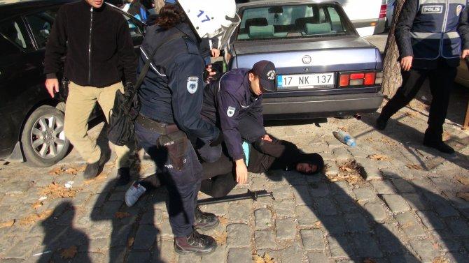 Uludere olayının yıldönümünde emniyete yürüyen gruba müdahale: 20 gözaltı