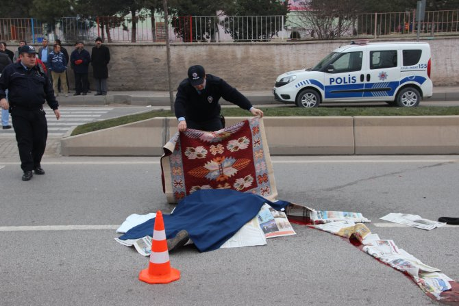 Kazada hayatını kaybeden adam yol ortasında 1 saat savcı bekledi