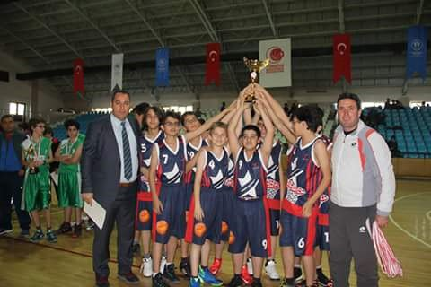 Erzincan'ı basketbolda Özel Otlukbeli Koleji temsil edecek