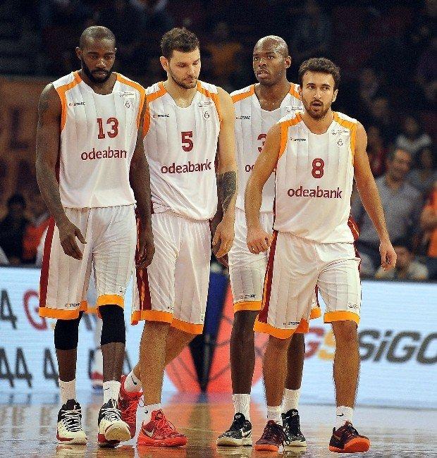Basketbolda Derbi Heyecanı
