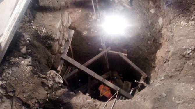 Dört Gün Mahsur Kaldığı Kuyudan 90 Saatte Kurtarıldı