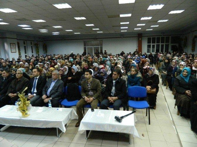 Ensar Vakfı'ndan Konferans