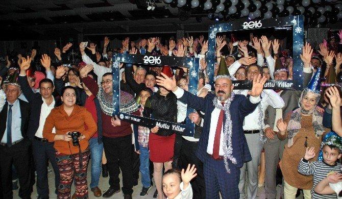 Okt Trailer Ailesi Yılbaşını Erken Kutladı