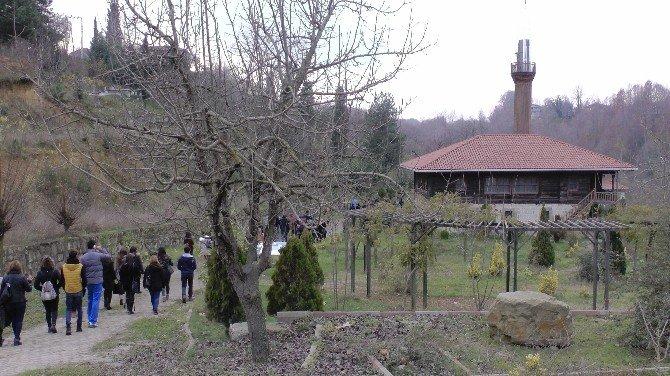 Turizm Elçileri Gezerek Öğreniyorlar